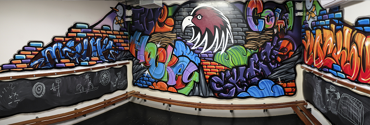 Graffiti birthday party room for boys and teens